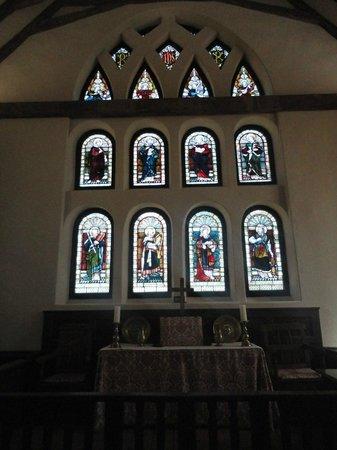 Historic St. Luke's Church : Altar area