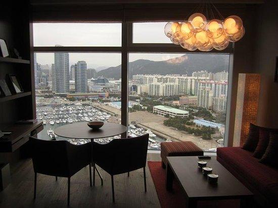 Park Hyatt Busan: Park Exective Suite ~05 Livingroom