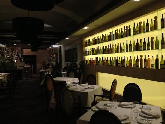IKON Restaurant Debrecen: molto chic