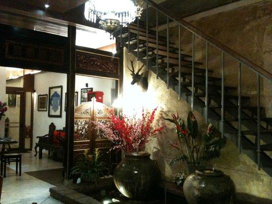 Courtyard @ Heeren Boutique Hotel: Stair to 1st Floor