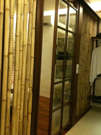 Courtyard @ Heeren Boutique Hotel: Bamboo theme