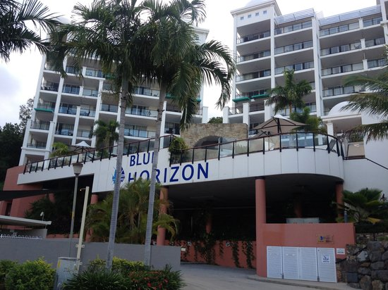 Blue Horizon Resort Apartments: Front