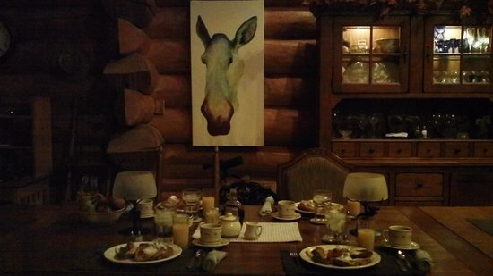 A Moose in the Garden Bed & Breakfast: Wonderful Breakfast and lots of fun art in the house