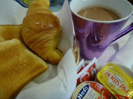 Hotel Paba : Breakfast
