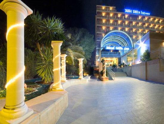 Hotel Magic Villa Luz: Fachada del hotel