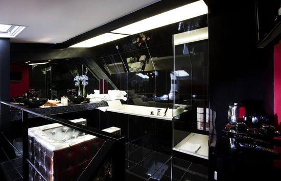 Hotel Etoile Pereire: Bathroom