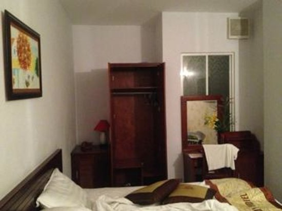 Ha My 2 Hotel: Шкаф