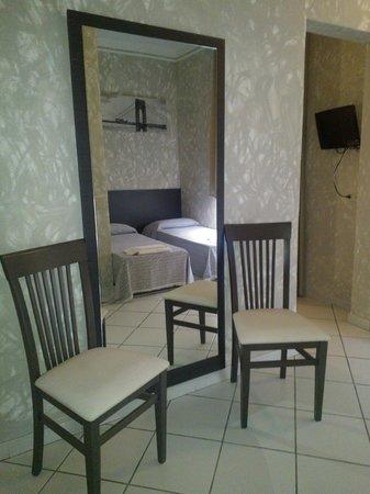 Hotel Oasis : Camera familiare