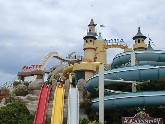 ‪‪Aqua Fantasy Aquapark Hotel & SPA‬: The slides castle‬