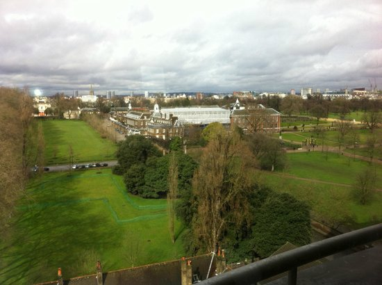 Kensington gardens & palace view - Picture of Royal Garden Hotel ...