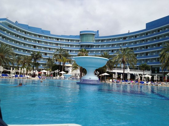 Mediterranean Palace Hotel: Swimming pool