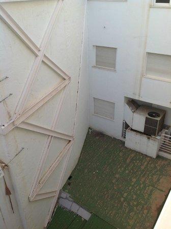 Apartamentos Avenida: View from Balcony