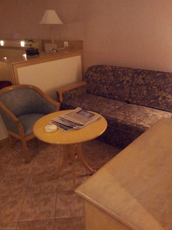 Vits Hotel : The sofa is not comfortable at all....