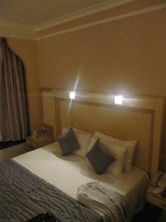 Vits Hotel: Comfy bed...