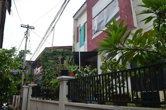 Evy's Benhil Homestay: House