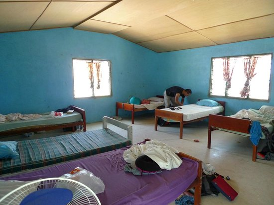 Mana Lagoon Backpackers: 7 beds dorm