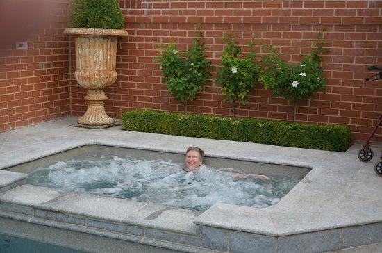 Freeman on Ford B&B: Champagne soft spa oozing pain out of my body!