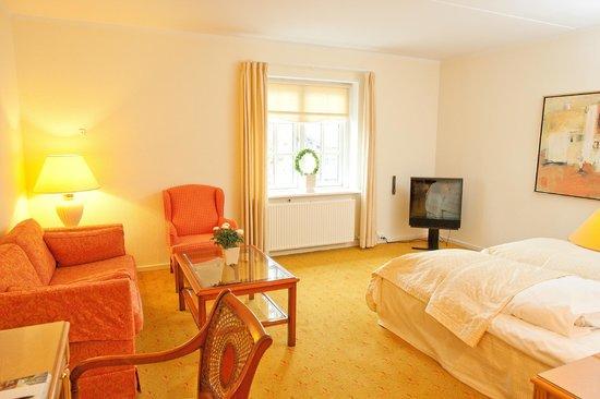 Best Western Hotel Knudsens Gaard: Room