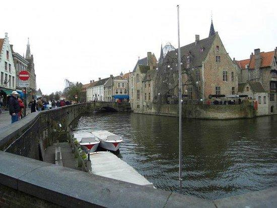 Hotel de Orangerie: Bruges by day