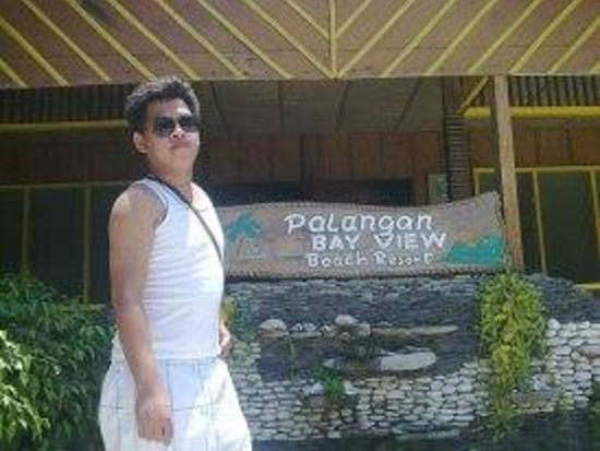 Palangan Bayview Beach Resort: At the front of the resort