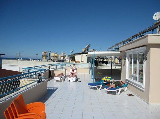 Sunway Hotel: Sun terrace