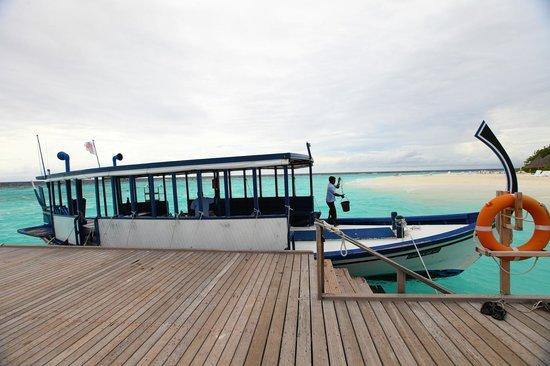 Thulhagiri Island Resort: Пристань