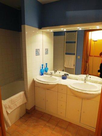Le Coquerel : salle de bain de la chambre Monet