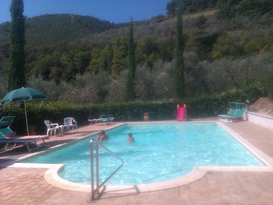 Agriturismo Santa Croce: piscina privata
