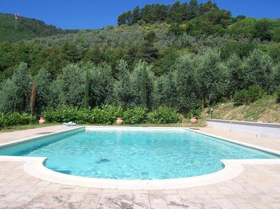 Agriturismo Santa Croce: esterno  piscina