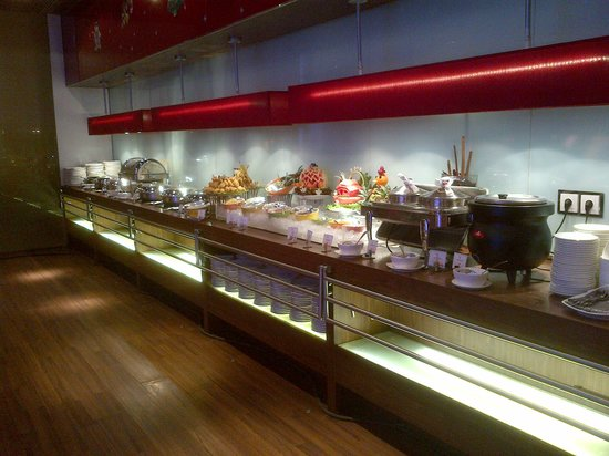 Hotel ibis Bandung Trans Studio: oopen restaurant
