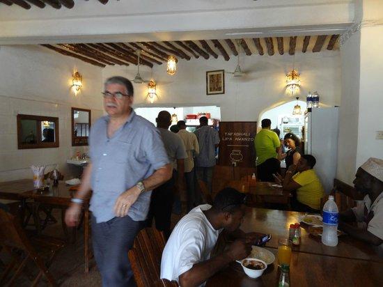 Lukmaan Restaurant: Christian vient de choisir