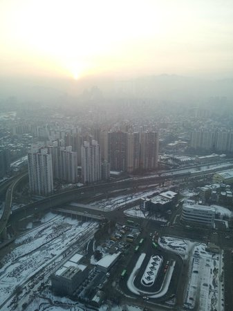 Sheraton Seoul D Cube City Hotel: beautiful view in the morning