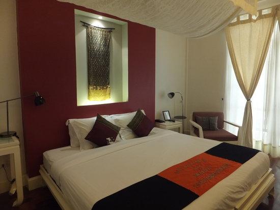 メゾン サウバンナフォウム ホテル , bed (room No. 106)