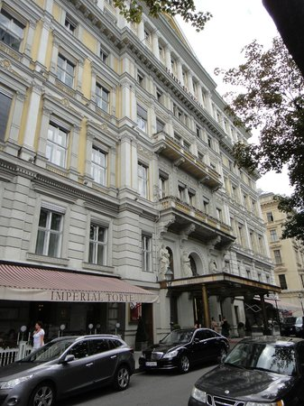 Hotel Imperial Vienna: the hotel
