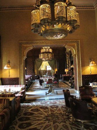 Cairo Marriott Hotel & Omar Khayyam Casino: Sumptuous interior at one of the many restaurants
