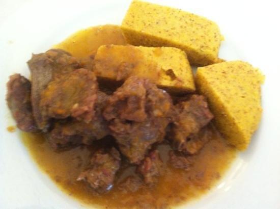 Trattoria L'Oasi : cervo e polenta (delizioso)