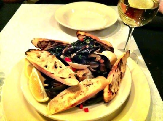 The Hartsburg Grand Restaurant : apps