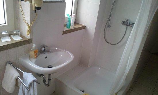 Hotel Central: Badezimmer