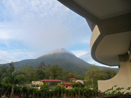 The Royal Corin Thermal Water Spa & Resort: View of Arenal Volcano