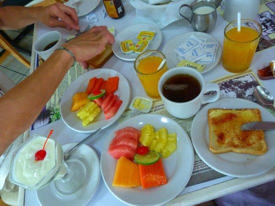 Hotel Los Cocos: petit-déjeuner