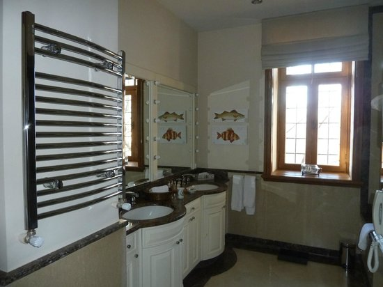 Divan Cukurhan: Bathroom