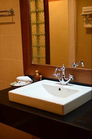 Bougainvillier Hotel: Toilet
