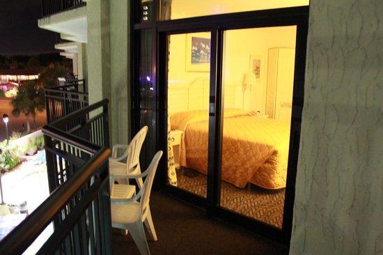 Ocean Reef Resort: Balcony