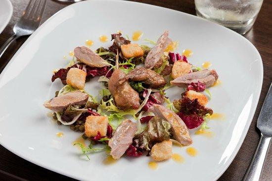 Kirklands Hotel: Pigeon Breast Salad