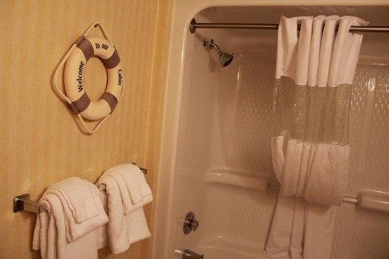 Ocean Reef Resort: Bathroom