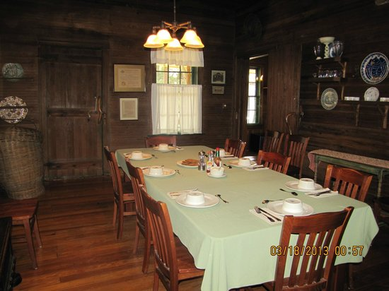 The Lodge on Little St. Simons Island: Dining Room