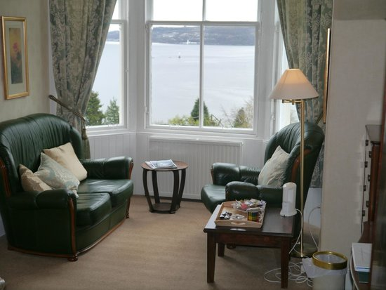 Abbot's Brae Hotel: Ardentinny Room - what a view!