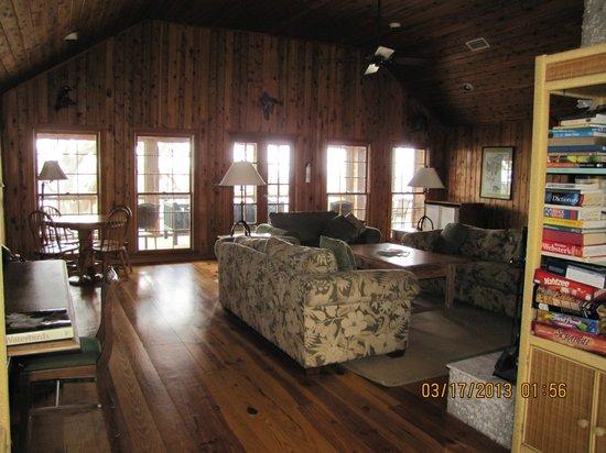 The Lodge on Little St. Simons Island: Livingroom in River Lodge