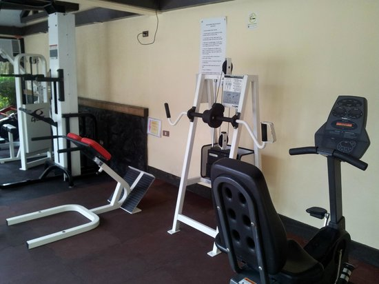 Hotel Dominique: The Gym
