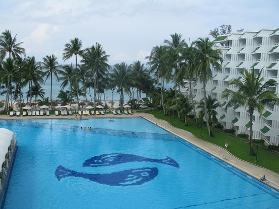 Le Meridien Phuket Beach Resort: на море